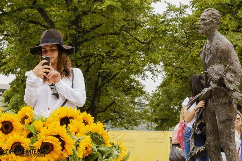 Zeg het met (zonne)bloemen, van Sakata Ornaments
